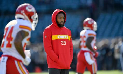 Kansas City Chiefs defensive back Eric Berry watches warmups after being declared inactive against the Oakland Raiders on Sunday, Dec. 2, 2018 at Oakland-Alameda County Coliseum in Oakland, Calif. (John Sleezer/Kansas City Star/TNS via Getty Images)